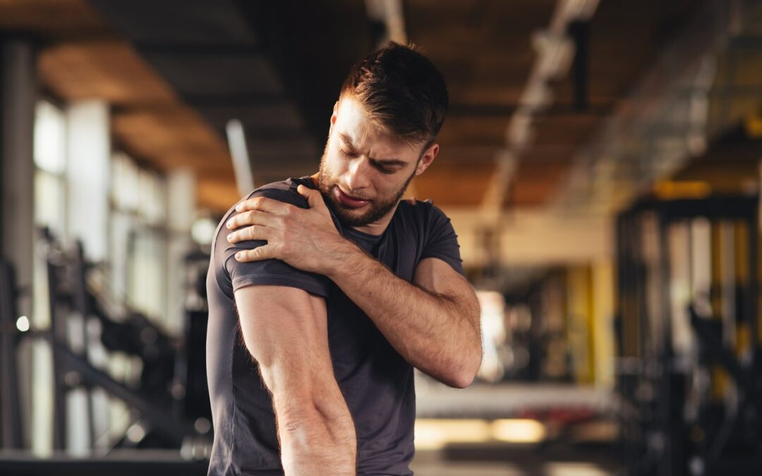 Shoulder pain: Know why its hurting